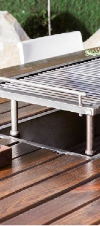 8. Adjustable grill and easy access